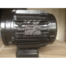 30.08.85 Helpman ventilator motor 550W 220-240/380-415/50/3